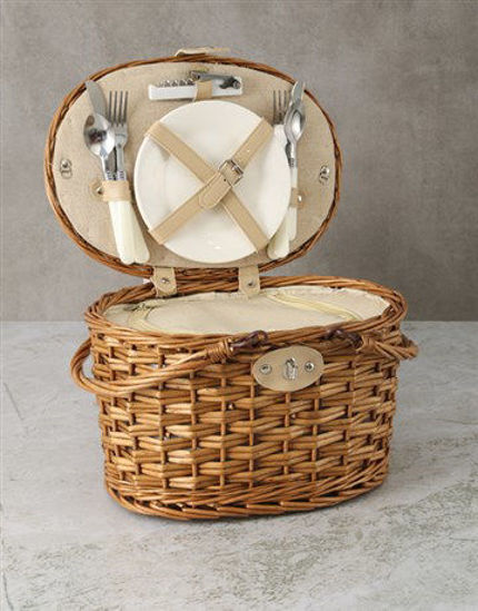 Picture of Refined Picnic Basket